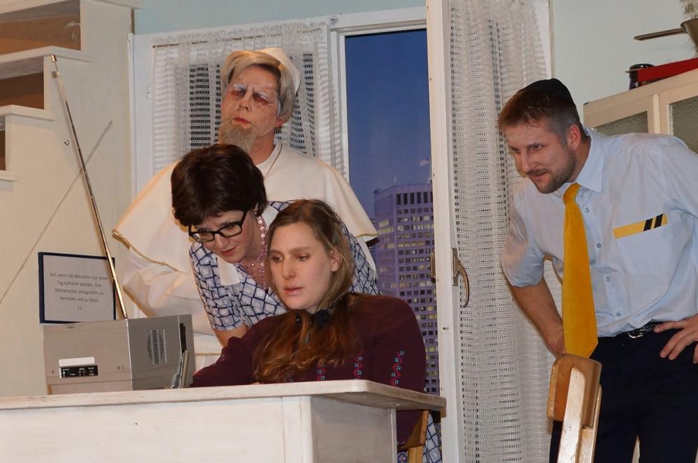 2013_Der Tag an dem der Papst gekidnappt wurde 19